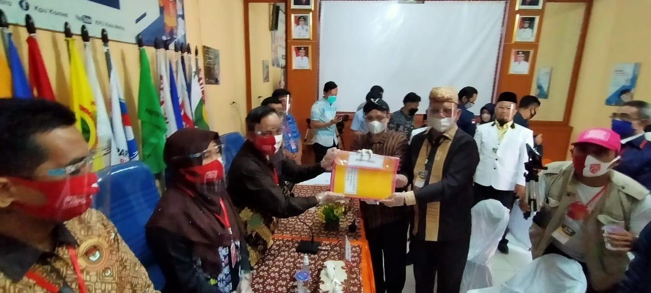 Pasangan Mufti-Saleh Daftar, Berkas Dinyatakan Lengkap