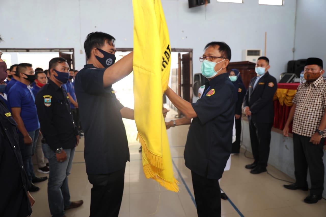 Suryadi Resmi Nakhodai Karang Taruna Kabupaten Pesisir Barat