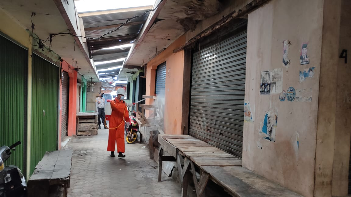 Satu Pedagang Positif Covid-19, Pasar Kotaagung Ditutup