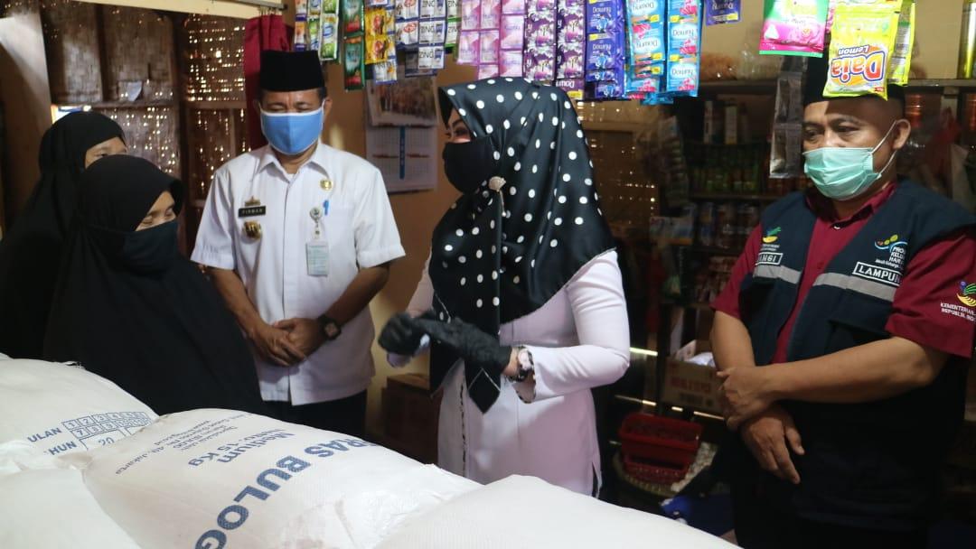 Bupati Tanggamus Launching Bantuan Beras PKH
