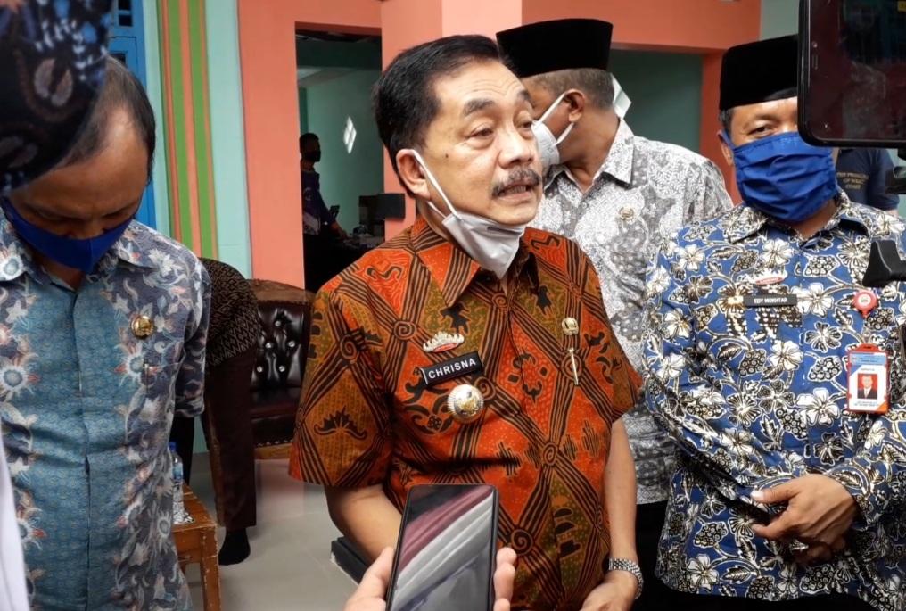 Pjs Bupati Ajak Media Sinergi dengan Pemkab Bangun Pesisir Barat