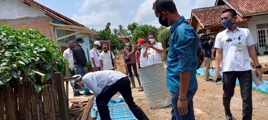 Tim Pokja Provinsi-Kabupaten Periksa Pekerjaan Program 'Kotaku' di Tanjung Senang Lampung Utara