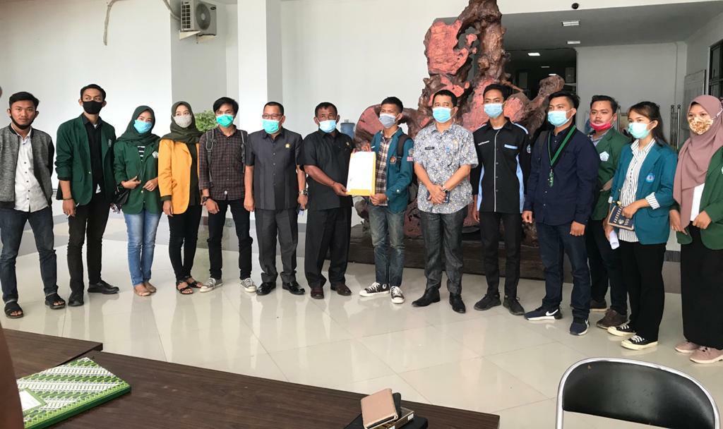 DPRD, Ikam dan Pemuda Penggerak Tubaba Sepakat Tolak UU Cipta Kerja