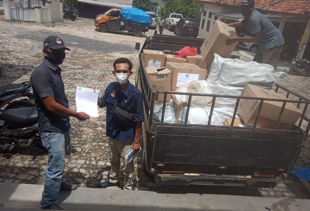 KPU Way Kanan Mulai Distribusikan APD untuk PPK, PPS dan KPPS